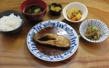 本日の煮魚定食